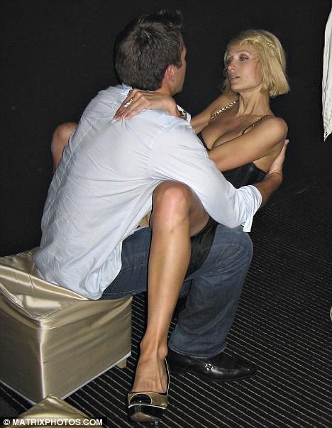 Секс пэрис хилтон трахается, видео эротика на отдых